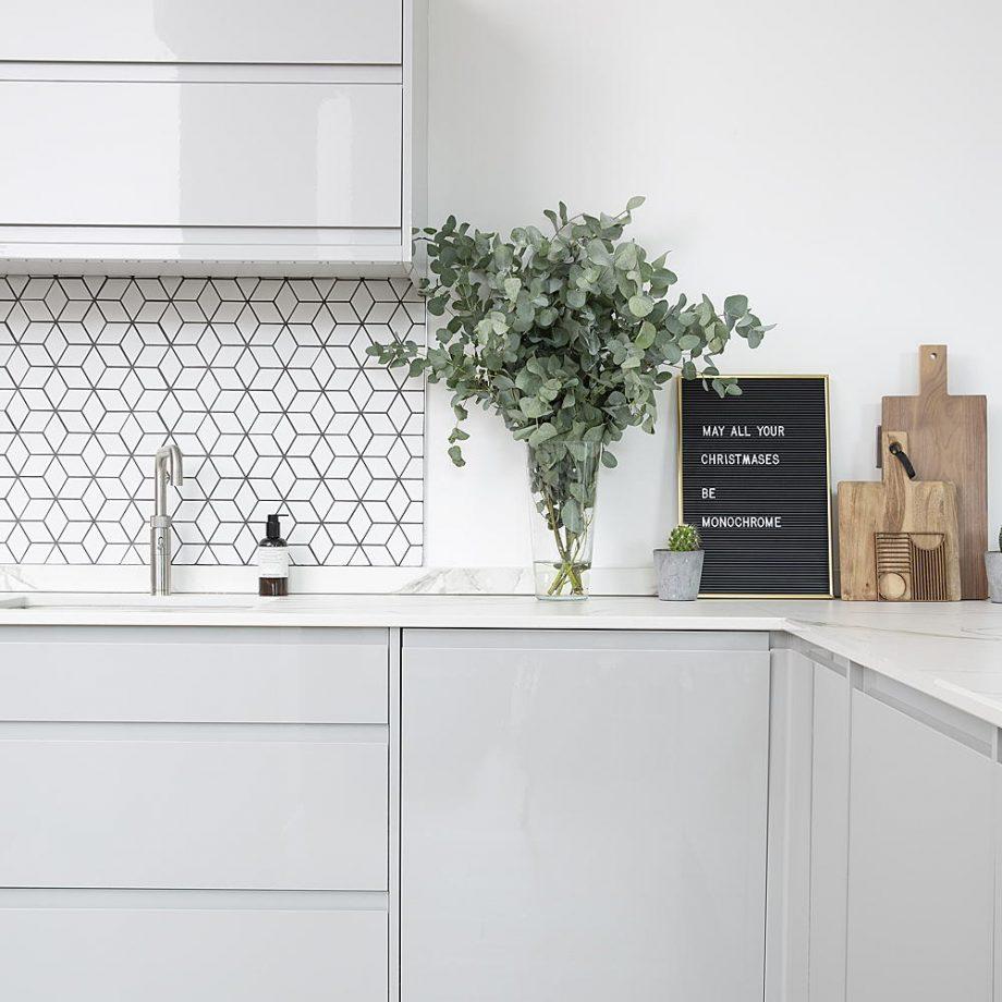 colores blancos para amueblar una cocina pequeña