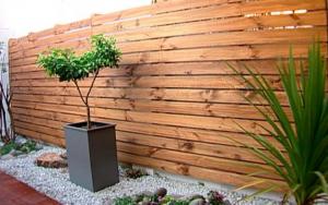 como decorar un muro exterior