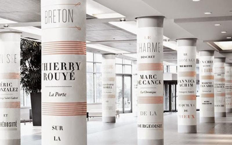 ¿Cómo decorar una columna redonda del salón?