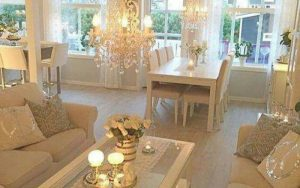 decoracion de salones blancos y dorados