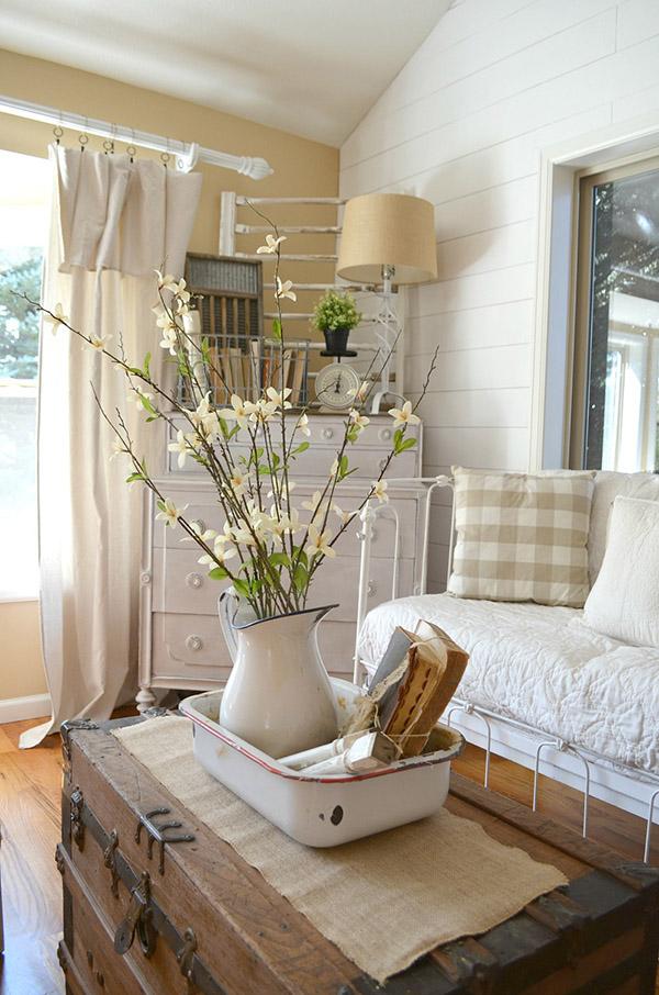salon luminoso en color beige