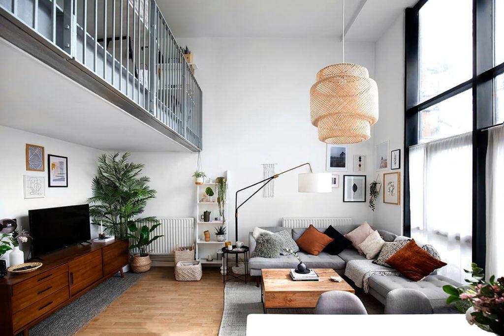 Estilo minimalista nórdico para ganar espacio en un salón pequeño