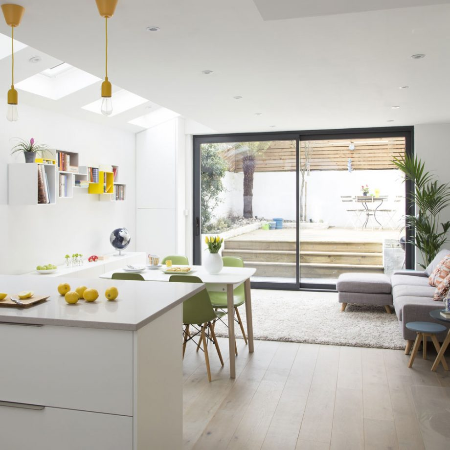 salón cocina americana moderna y pequeña estilo loft