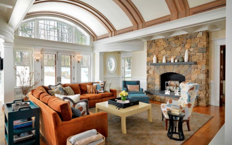 +10 Ideas para decorar tu salón con un sofá Naranja