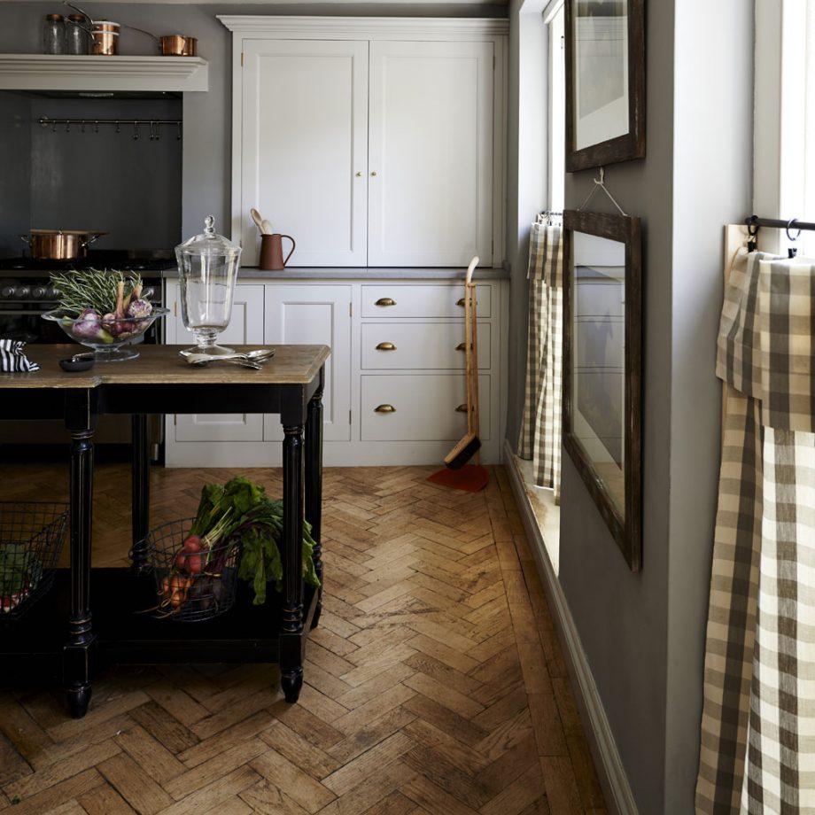 salón cocina americana moderna y pequeña y sencilla