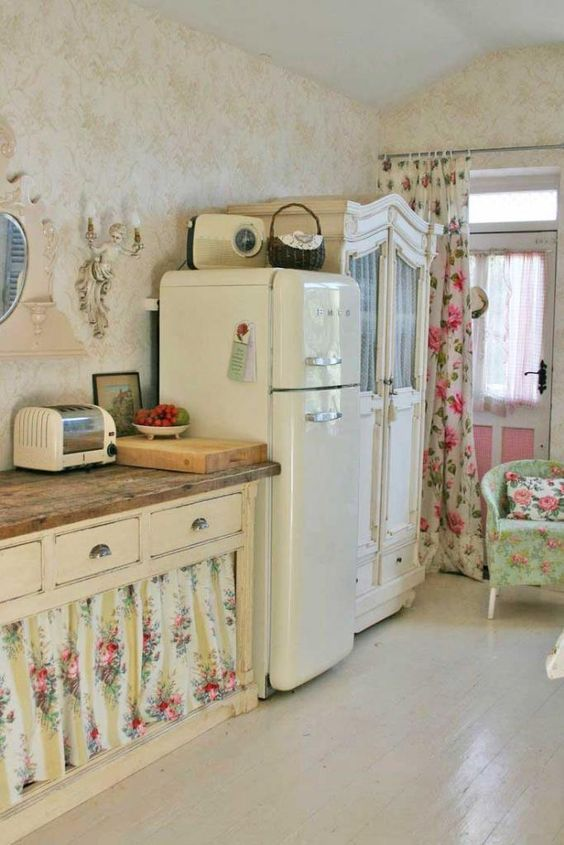 decoracion de cocinas antiguas  las cortinas