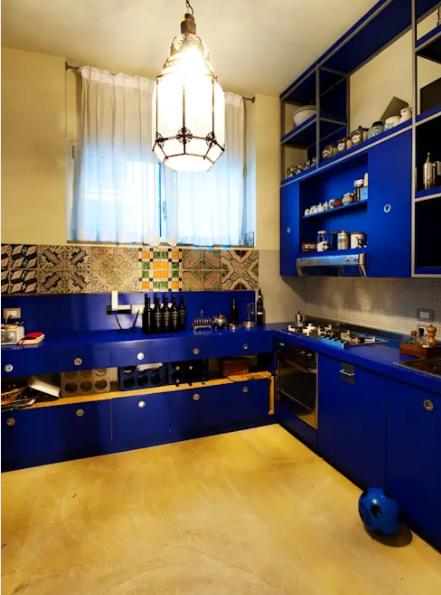 Aprovecha el contraste de la talavera en tu cocina