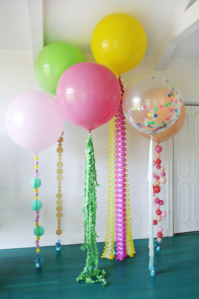 cuartos decorados con globos con accesorios