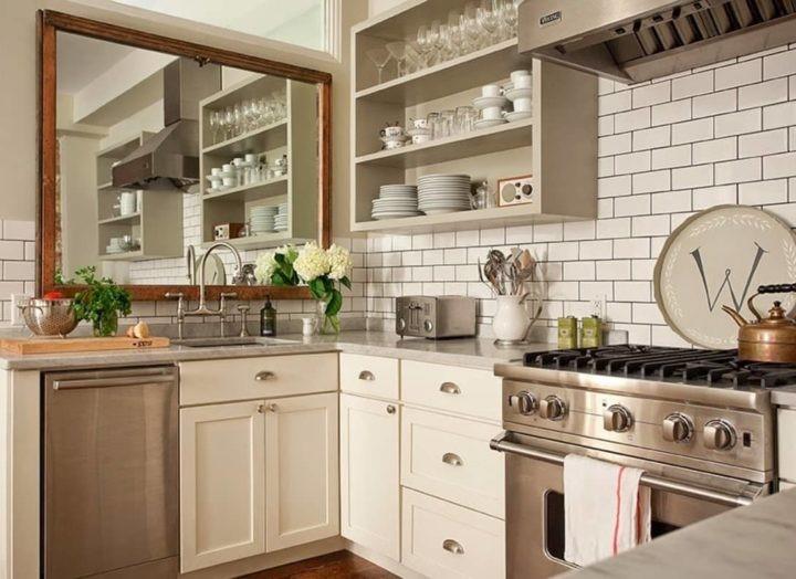 espejos grandes en cocinas pequeñas