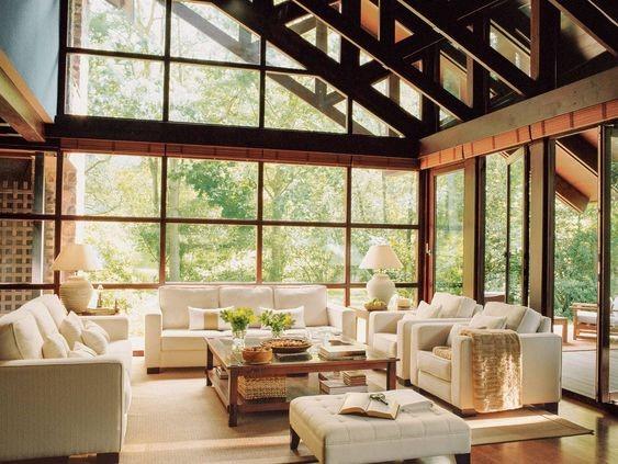 salones rústicos con paredes de cristal