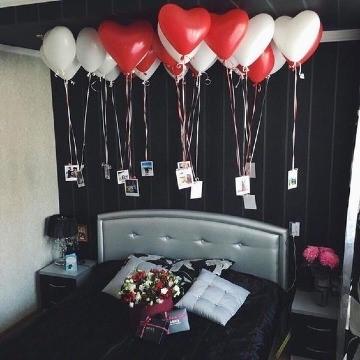 cuartos decorados con globos flotando