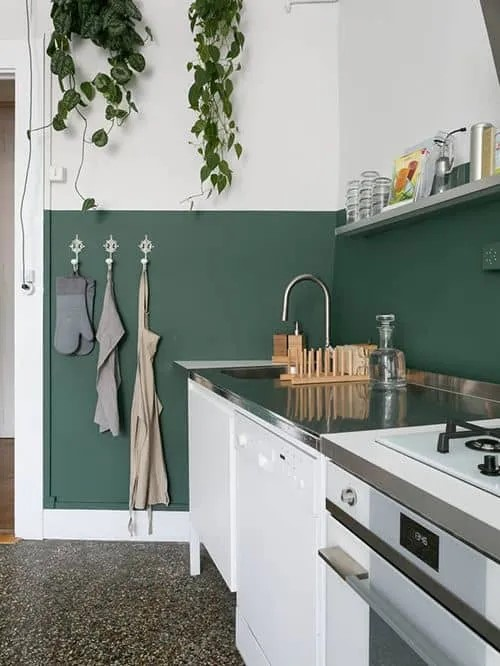 ideas para pintar paredes de cocina verdes oscuras