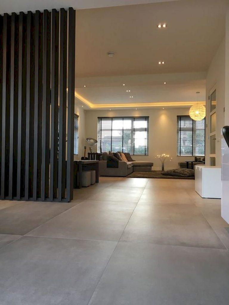 decoracion de salones cálidos con suelo gris