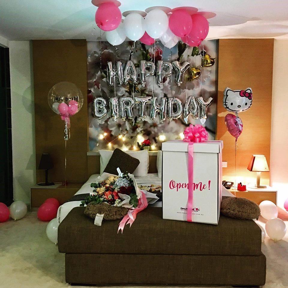 decoracion de cuartos para cumpleaños de hello kitty