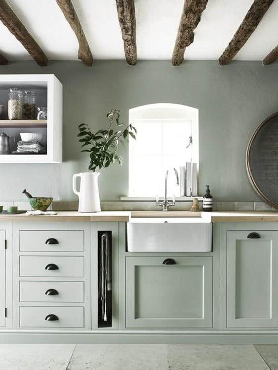 Cocinas con paredes grises rusticas