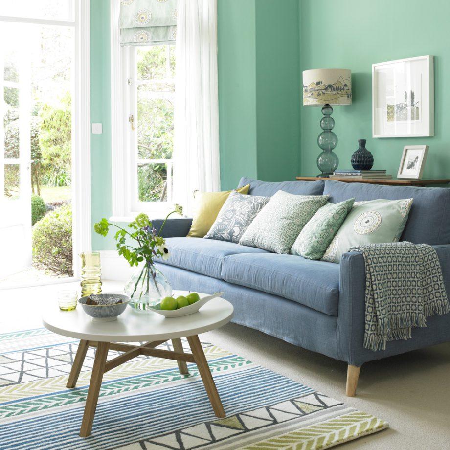 salon en dos colores: verde y azul