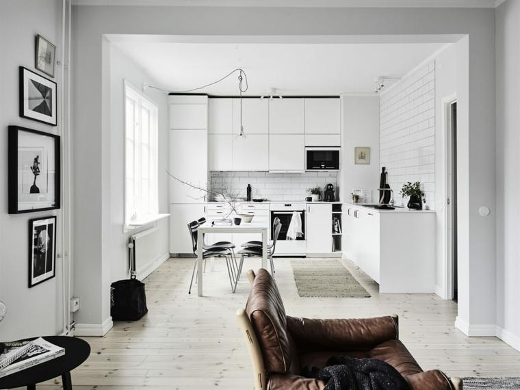 cocinas con paredes blancas clasico