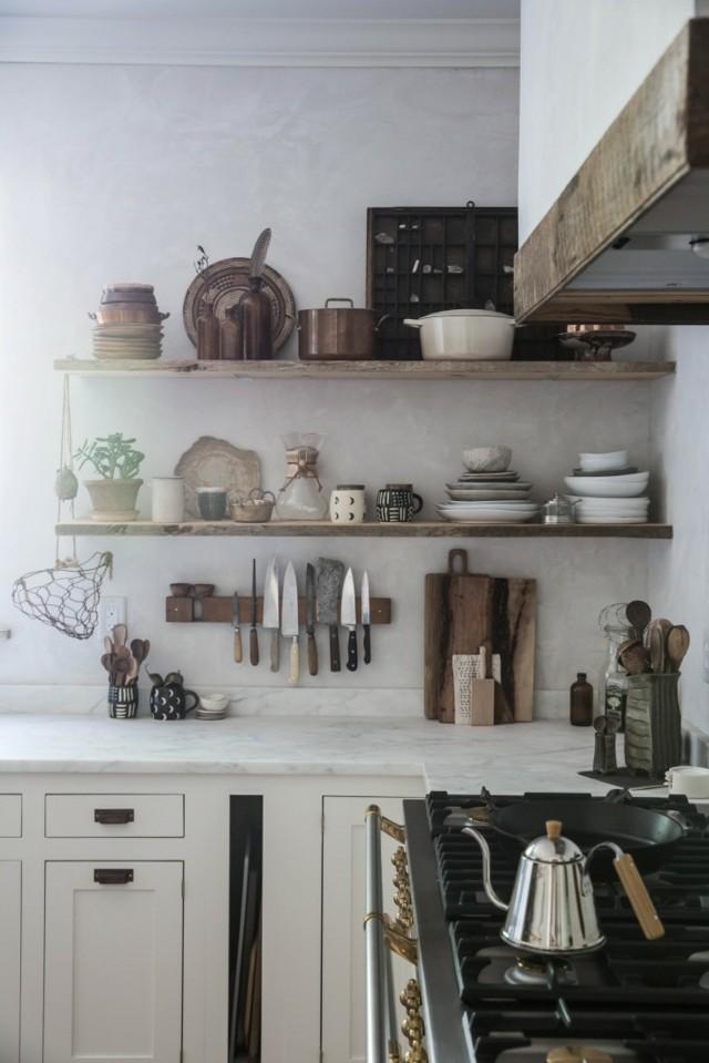 decoracion de cocinas antiguas con accesorios