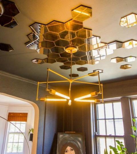 decorar el techo de los salones con espejos