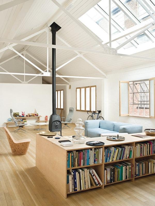 decorar el techo de los salones con vigas de hierro