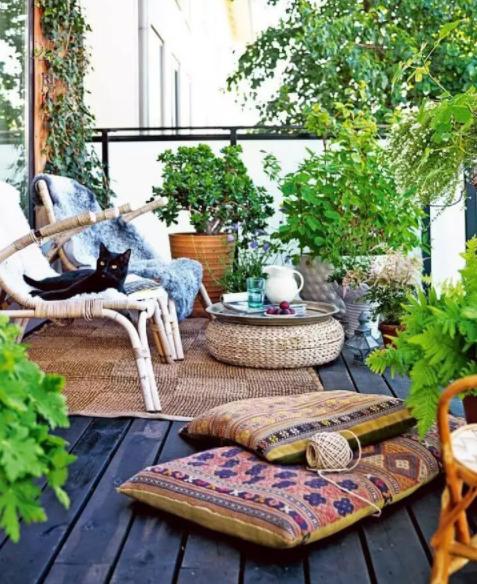 Decorar terrazas y balcones boho chic con plantas