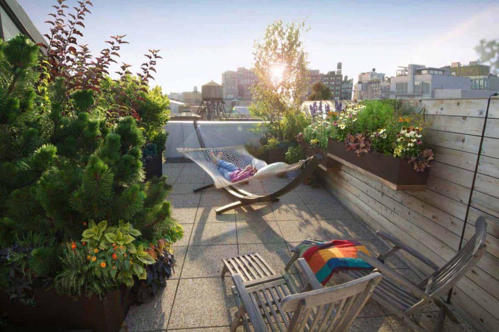 Una hamaca siempre gusta para decorar la terraza