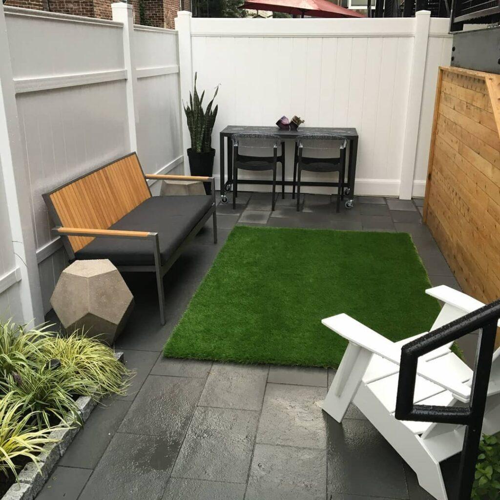 Un estilo minimalista para un jardín pequeño y moderno
