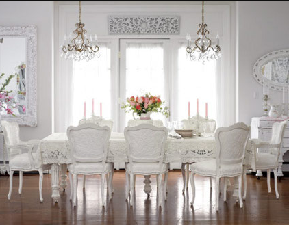 Salón comedor blanco clásico