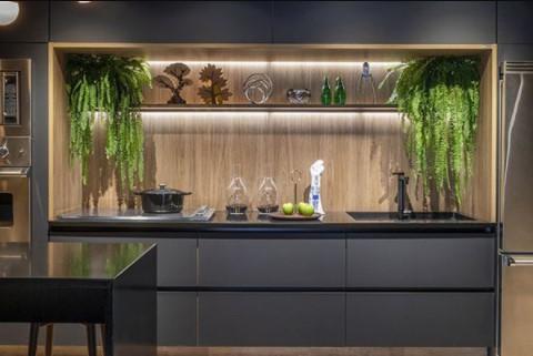 Plantas colgantes para cocinas modernas