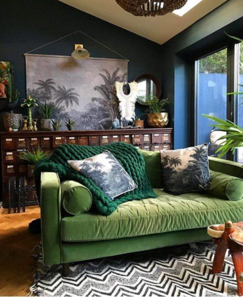 Cojines para sofá verde con elementos de la naturaleza