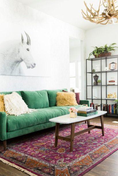 Cojines para sofá verde con mezcla de texturas