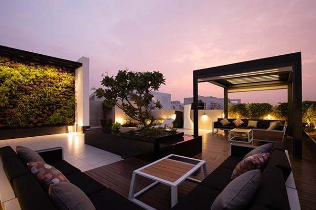 Crea tu zona social en la terraza del ático pequeño