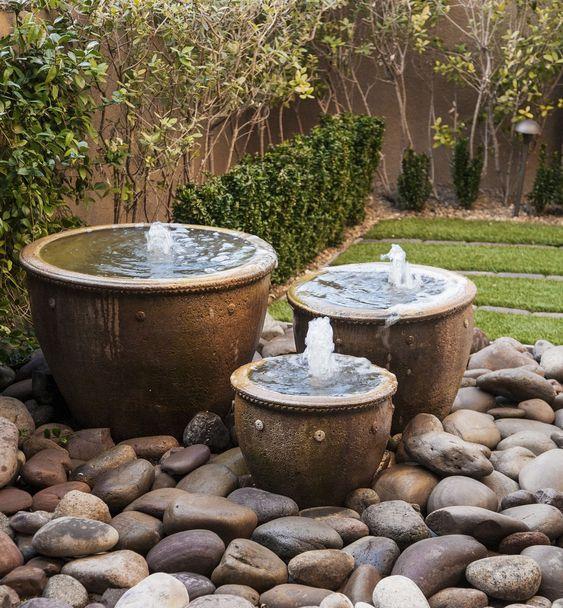Piedras de río muy grandes para el jardín