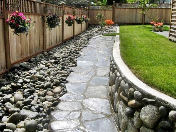 Un clásico río de piedras para una imagen impresionante