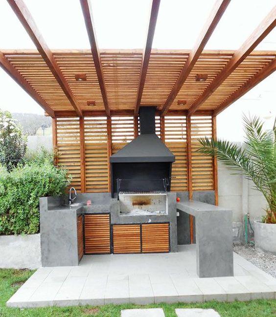 decorar asador de patio con madera y cemento