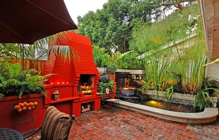 vanguardismo con un asador decorado en rojo