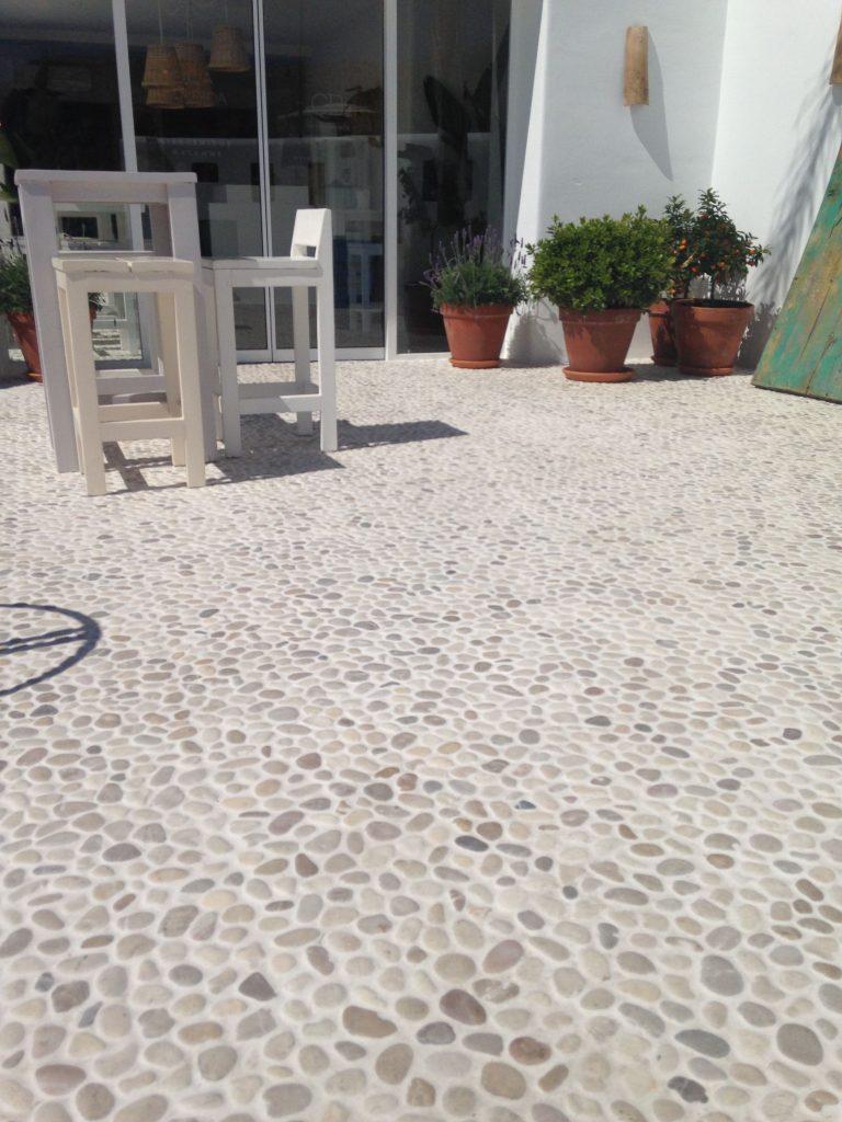 Otro tipo de suelos de piedra en el patio