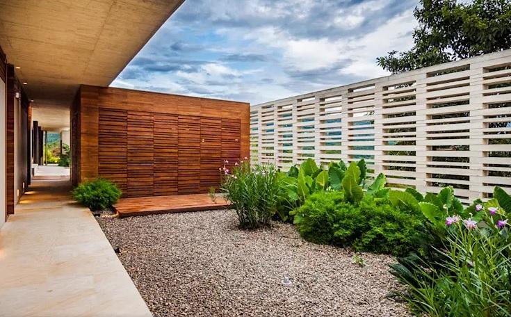 Paredes decoradas con ecodiseño para jardín