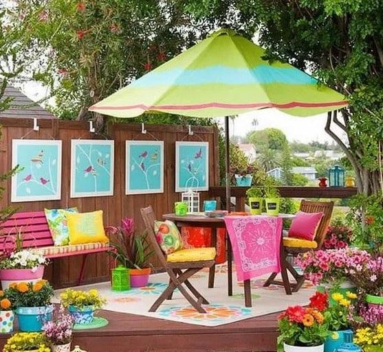 Paredes decoradas con cuadros para jardín