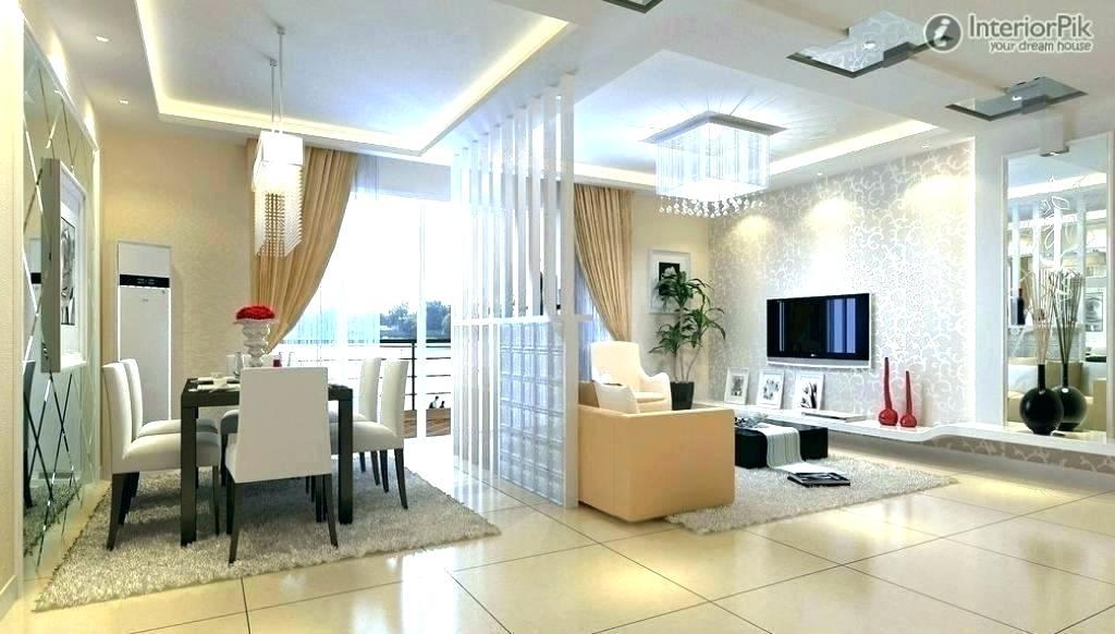 Sala comedor pequeña elegante moderna con medio muro