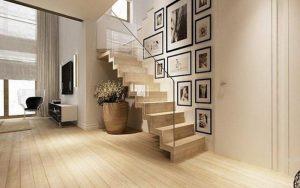 decoración de escaleras con fotos