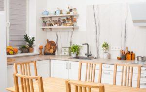plantas artificiales para decorar la cocina