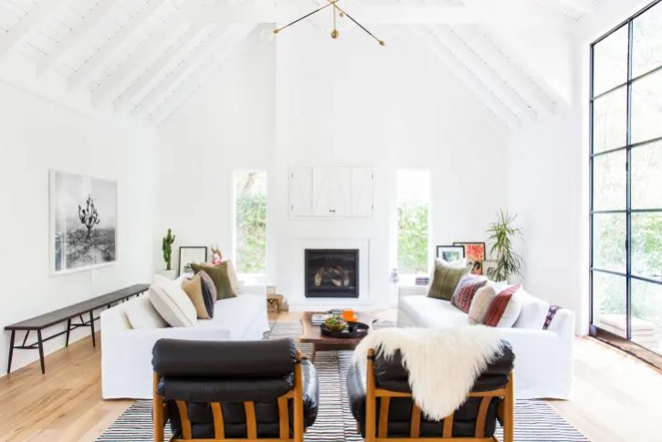 salon moderno y minimalista con texturas