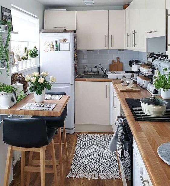 Cocina en Vertical con barra y comedor