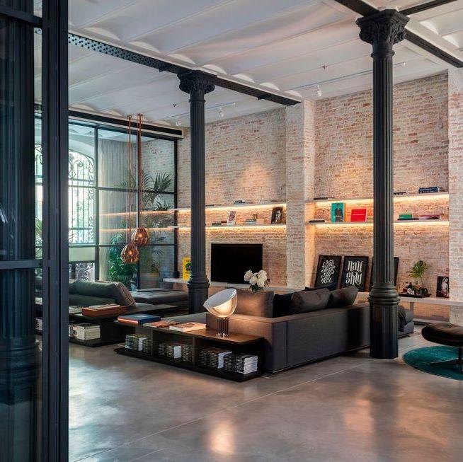 salon industriales con techos altos