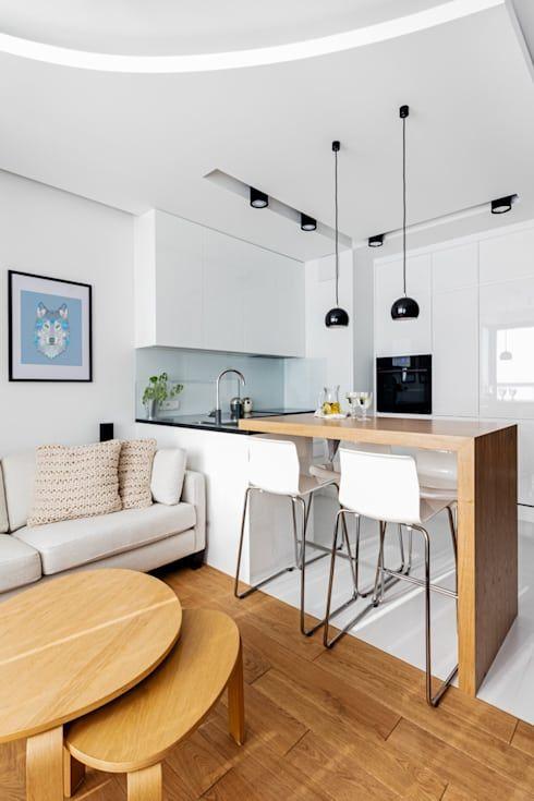 cocina comedor minimalista con barra