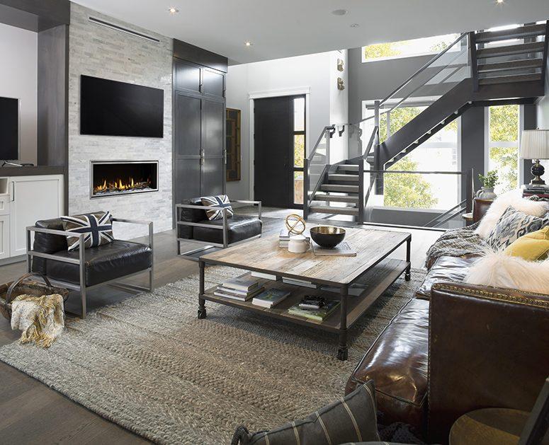 salón con chimenea con un toque urbanita
