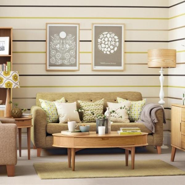 salón pequeño pintado con patrones horizontales