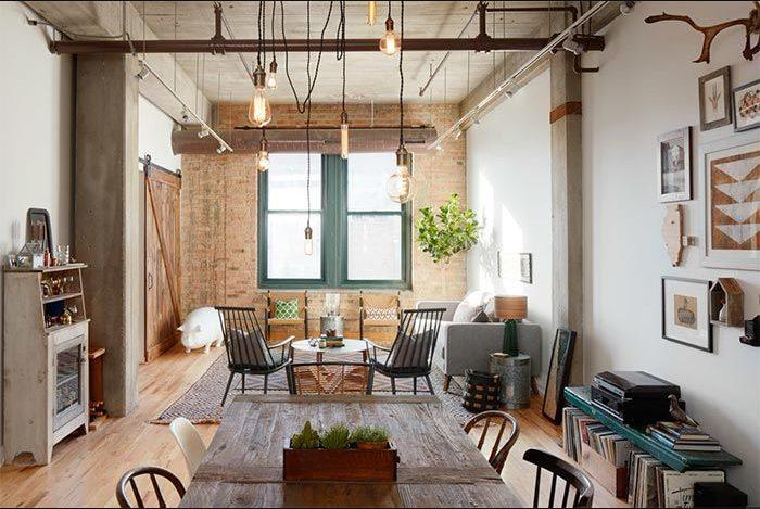 Salón acogedor con estilo industrial vintage