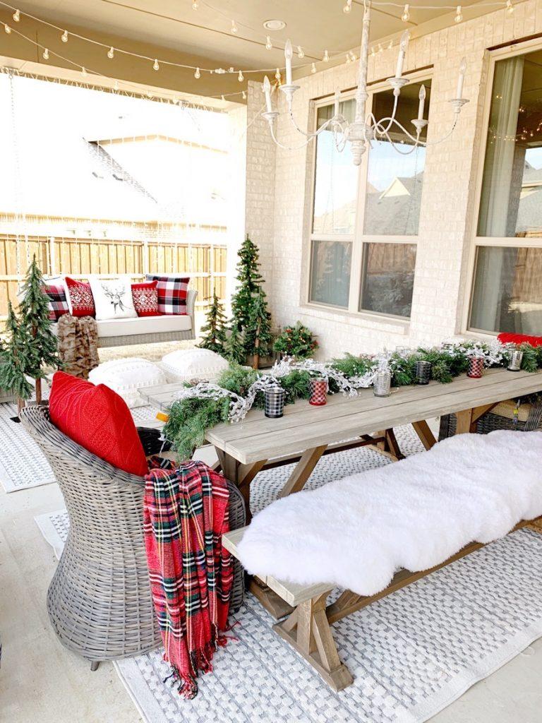 decorar el patio en navidad comodo